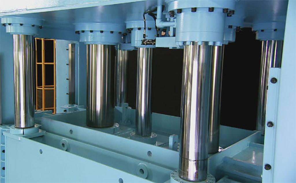 cómo es la función de una prensa hidráulica