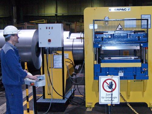cómo funciona una prensa hidráulica